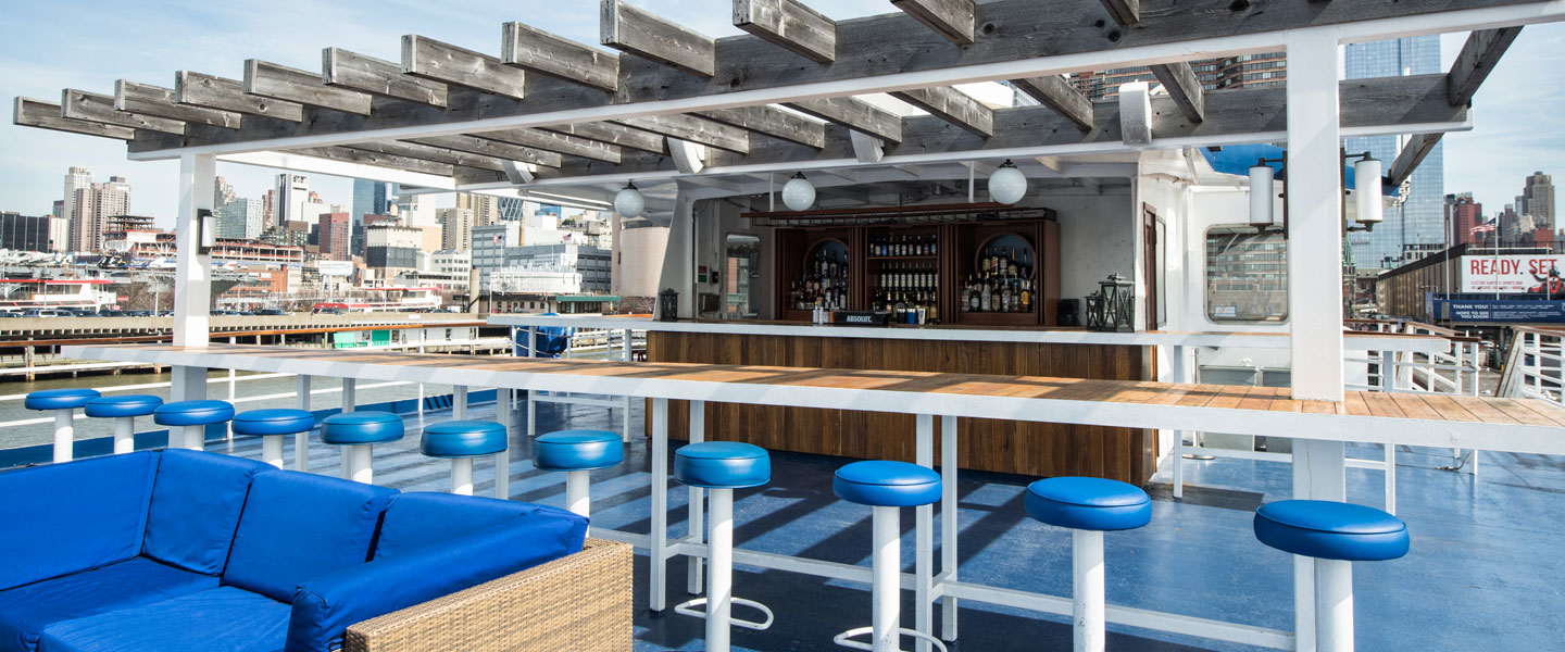 world yacht duchess roofdeck and bar